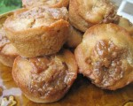 Homemade Apple Dumplin' Muffins