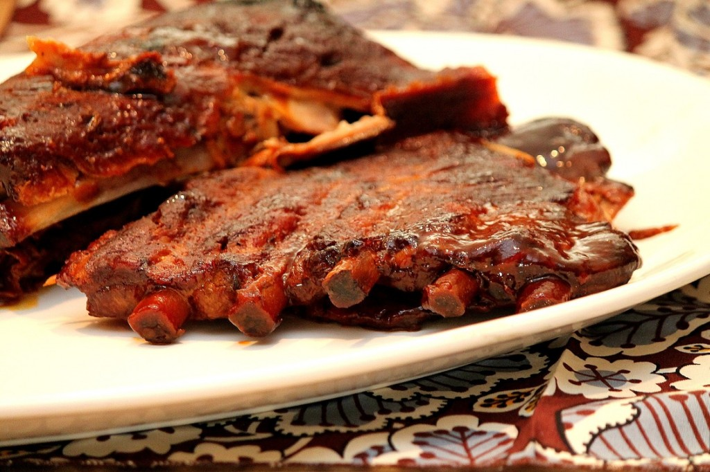 Slow Cooker Spare Ribs Recipe — Dishmaps