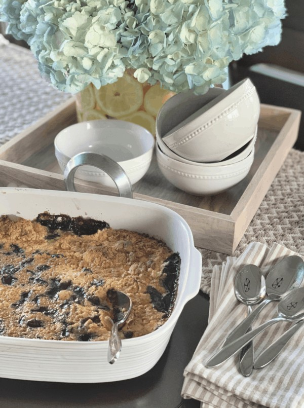 This deliciously easy blueberry cobbler dump cake will make your whole family happy!