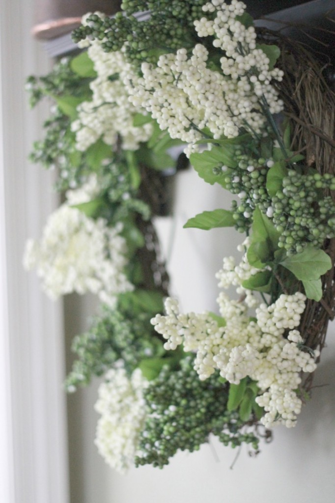 Cheap Spring Decorations: Friday Fluff Up: $10 Dollar Tree Spring Wreath