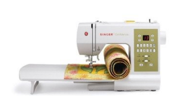 Amazon Gold Box Deal Singer Sewing Machine Lowest Price Today Only Fascinating Singer Sewing Machine Lowest Price