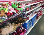 35 Deals You Need to Buy at the Dollar Tree - Valentine Edition