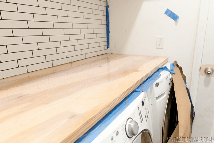 20 days of penny pinched laundry room makeovers day 9 washer dryer countertop only 90. Black Bedroom Furniture Sets. Home Design Ideas