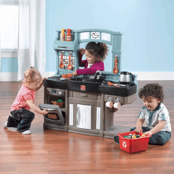 Step2 best chef s kitchen set passionate penny for Kitchen set step 2
