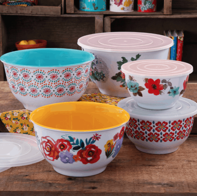 Right now Walmart.com has some great deals on Pioneer Woman kitchenware! Take a look & 50% Off The Pioneer Woman 10-Piece Nesting Mixing Bowl Set \u0026 More ...