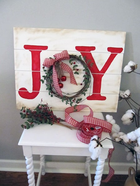 Easy Farmhouse Christmas Sign
