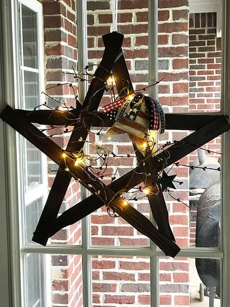 Star Wreath with Lights