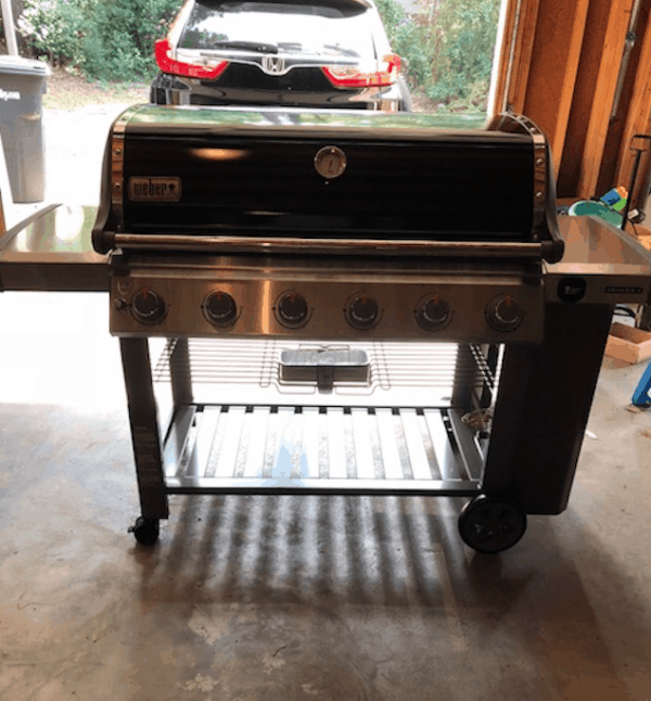 Lowe 39 s weber gas grill only 319 regularly 1 299 for Giordano shop barbecue a gas