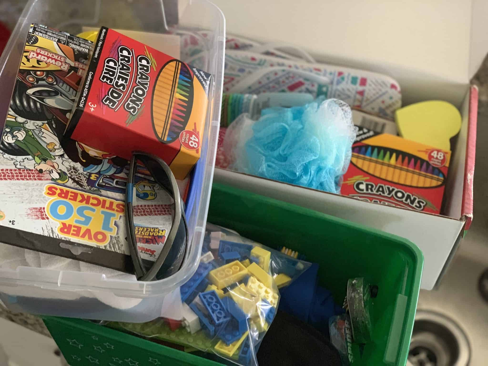 Operation Christmas Child Boxes.Operation Christmas Child Shoebox Ideas