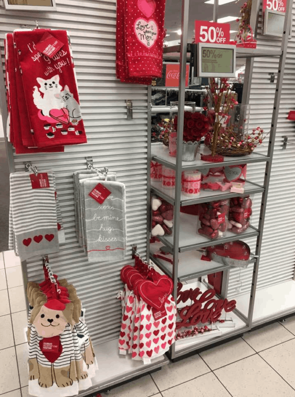 Kohl S Valentine S Day Deals Wreaths Only 5 59 Kitchen Towels