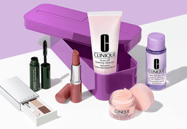 Free 7-Piece Clinique Bonus Gift with Purchase!