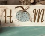 Make Your Own Cute Farmhouse Pumpkin Sign!